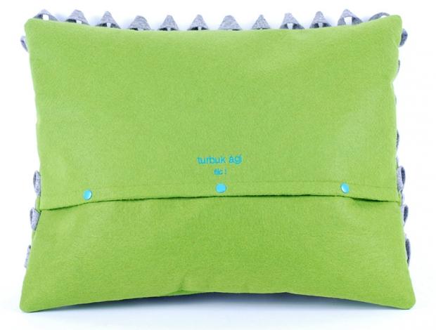 Design díszpárna - PIKKELYES kollekció - szürke-zöld