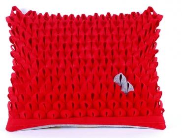 Design díszpárna - PIKKELYES kollekció - piros-szürke