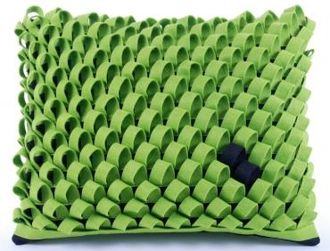 Design díszpárna - HURKOS kollekció - zöld-fekete