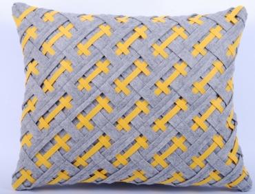 Design díszpárna - FŰZÖTT kollekció - szürke-sárga